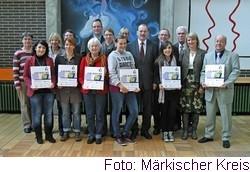 In der Realschule am Bömberg stellten die Projektteilnehmer des Bildungsbüros MK, der Agentur für Arbeit, der Kreishandwerkerschaft, der Wirtschaftsverbände, Schulen und der Stadt Iserlohn sowie Job-Lotsen mit Schülern den Job-Navi MK vor.