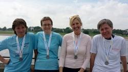 Liefen den Düsseldorf-Marathon: (v.l.) Margot Papenheim,  Ruth Bohemann, Maria Gertrud Pohlmann und Ulrike Henkel.